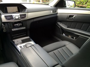 Mercedes E Class - Interior - photo  3
